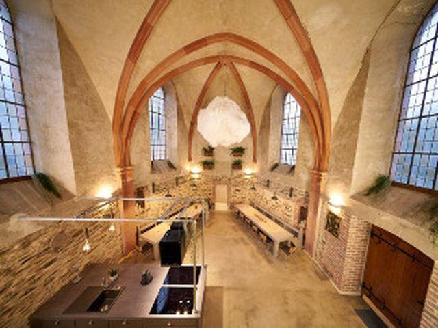 Abb. Tagen, kochen und übernachten in der Kirche