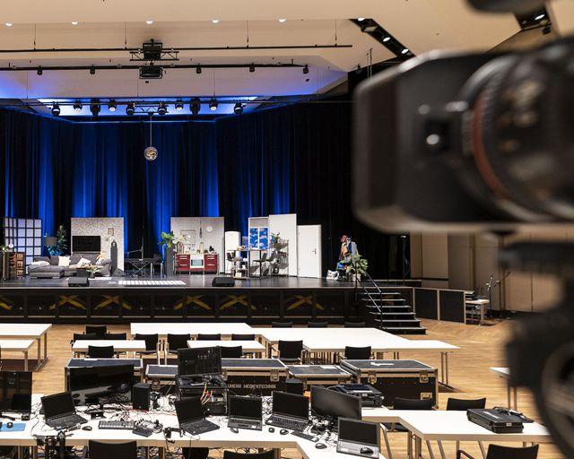 Abb. Hybride Events, Live-Streams, Online Veranstaltungen